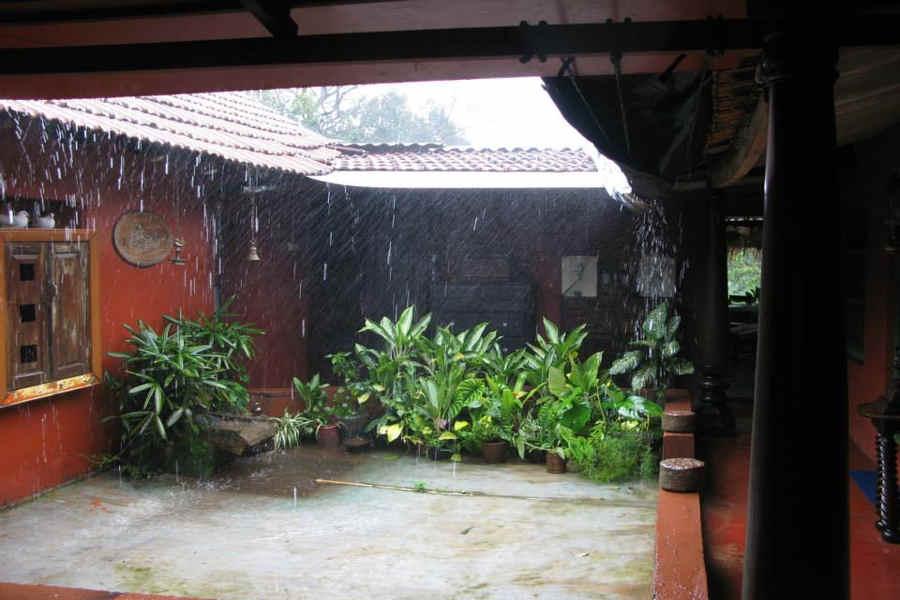 Court yard of the Rustic Homestay At Haragarahalli