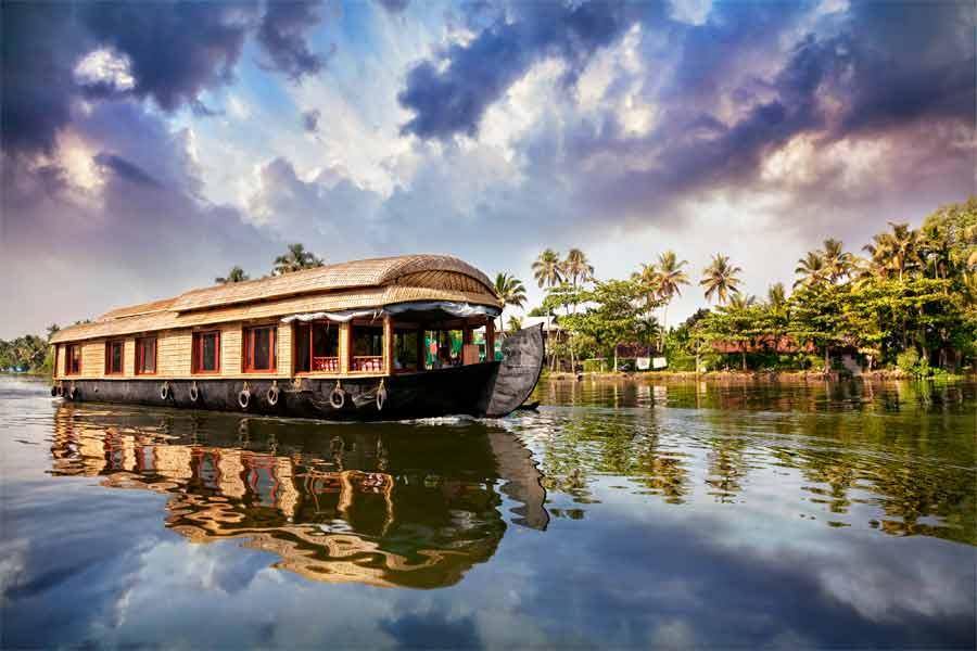 Drive Holiday to South Kerala - Allepey backwaters