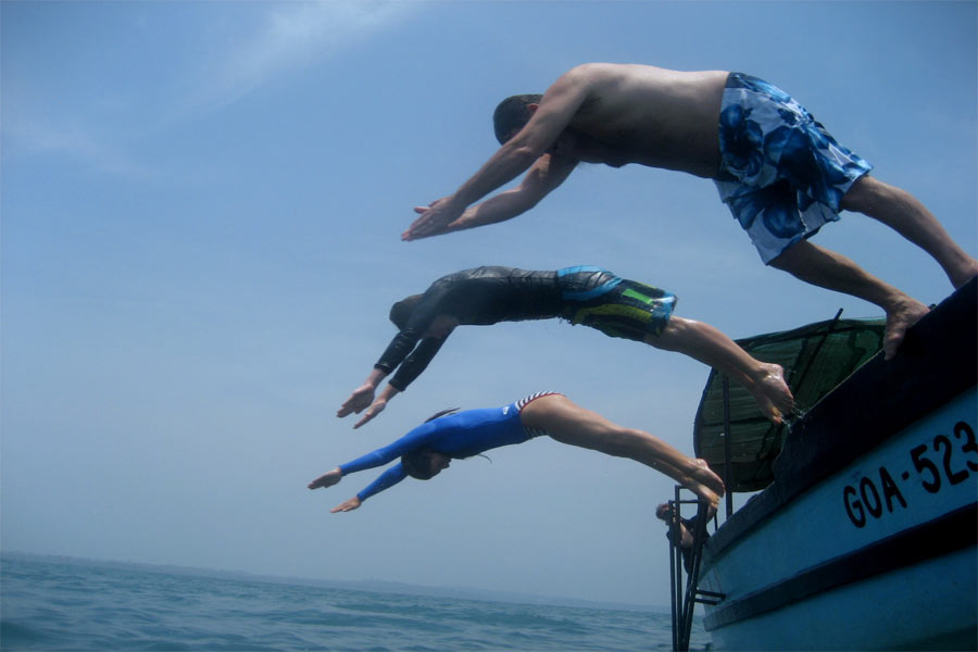 Scuba-Diving-At-Goa---Practice-session