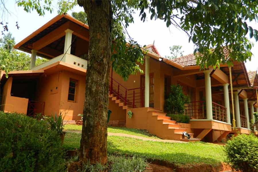 A-classic-homestay-at-Pozhuthana-outdoor-view