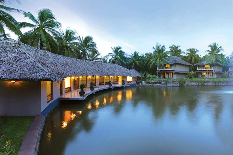 Selfroadiez Elegant Luxury Resort On Meenkarai Road In Pollachi