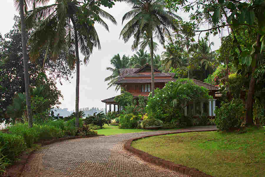 The path to the villas at the Leisure Villa Stat At Dolphin Bay in Nerul-Goa