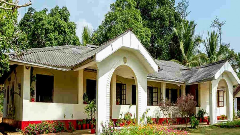 Plantation Estate Bungalow at Hudikeri