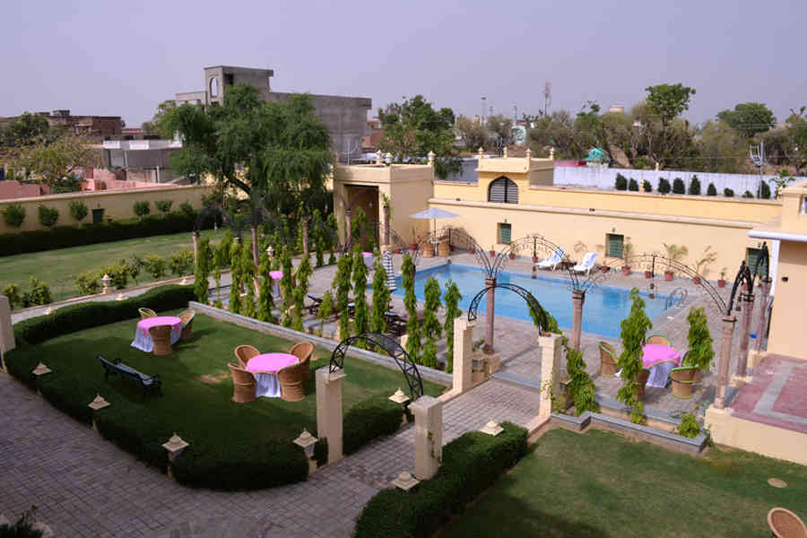Sit out at the Heritage Hotel At Jhunjhunu
