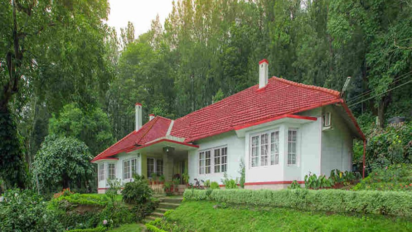 Sprawling Estate Bungalow at Kaimara