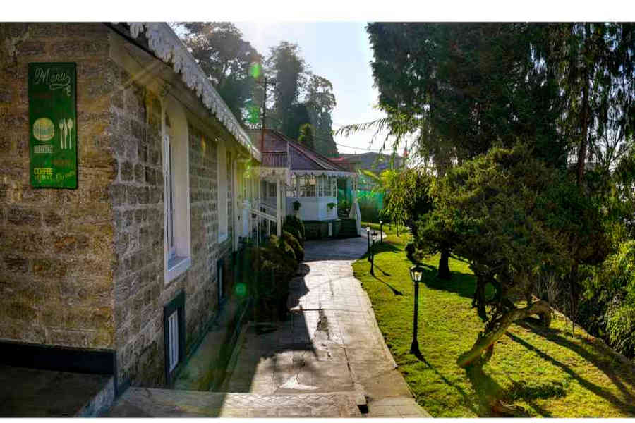 Lawn at the Colonial Style Hotel In Darjeeling
