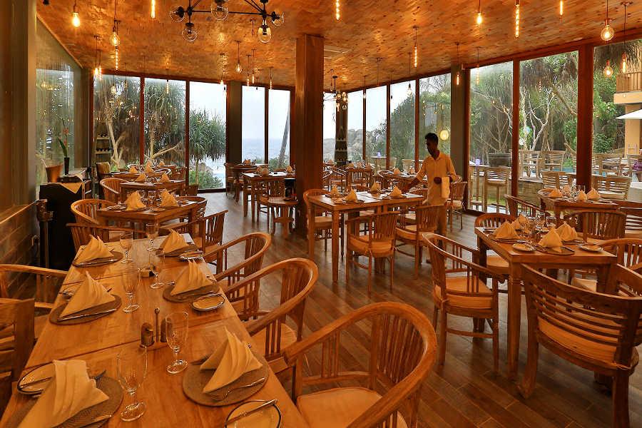 Restaurant at the Private Beach Resort In Unawatuna