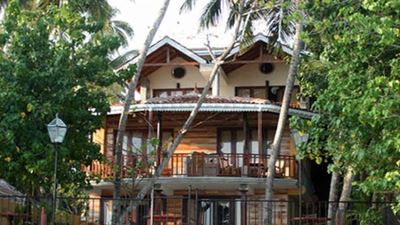 The Luxury Beach Resort In Unawatuna