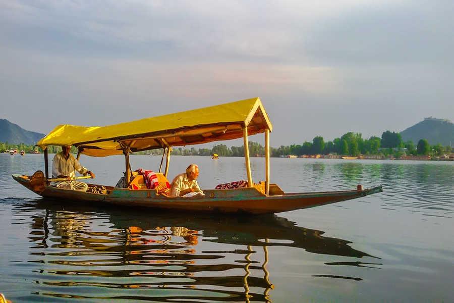 Shikhara-Dal Lake -Srinagar-Kashmir