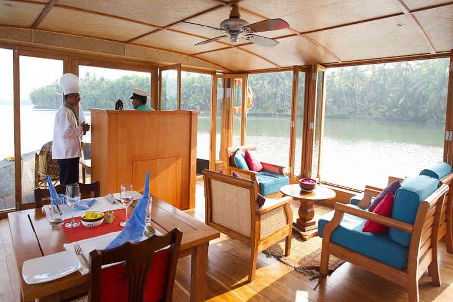 Sitting area of the Enchanting Houseboat At Nileshwar