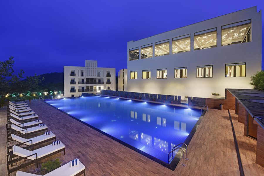 Swimming Pool at the Classic Leisure Stay In Kumbhalgarh