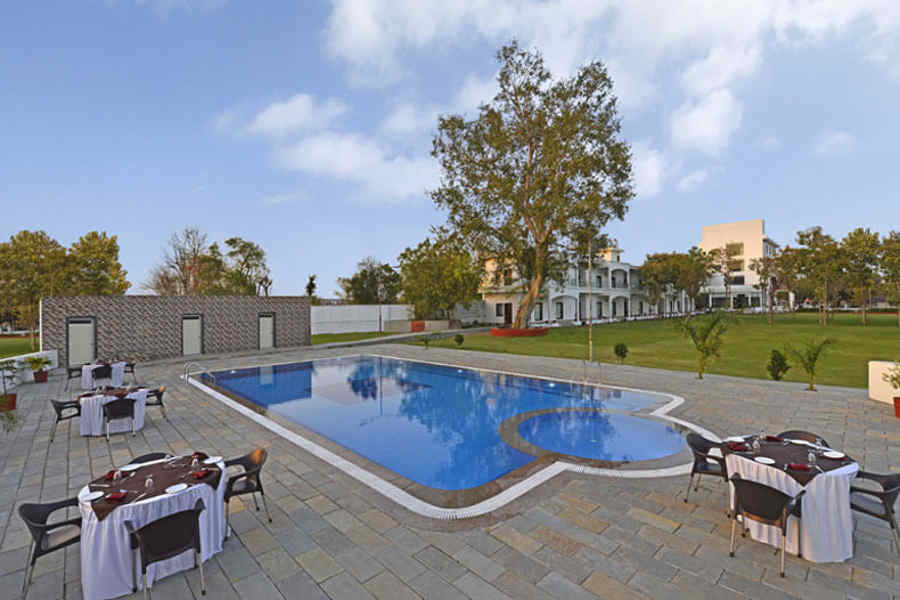 Swimming Pool at the Elegant Resort In Chittorgarh