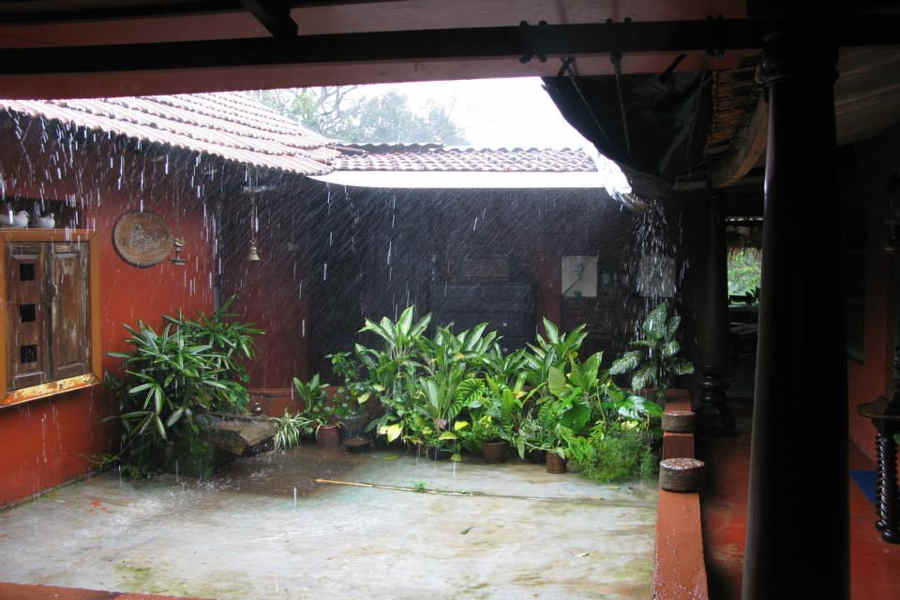 Court yard of the Rustic Homestay At Haragarahalli