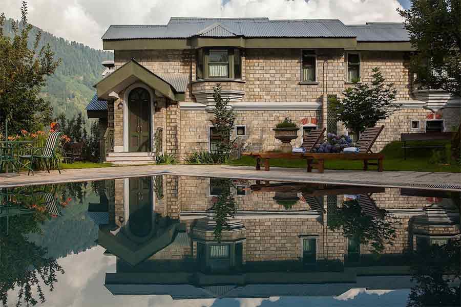 Royal Resort Stay at Kullu Valley