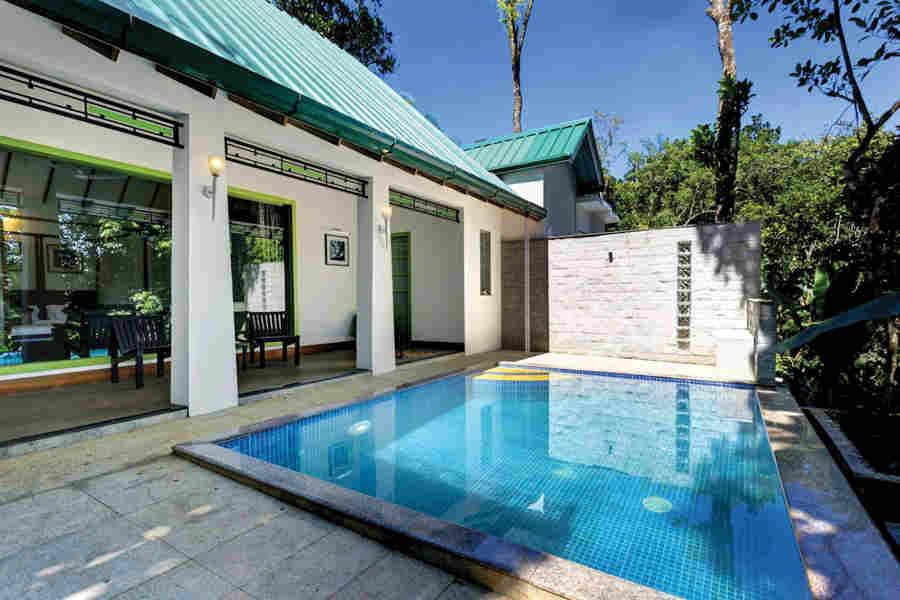 Pool Villa at Scenic Plantation House At Pathumuri