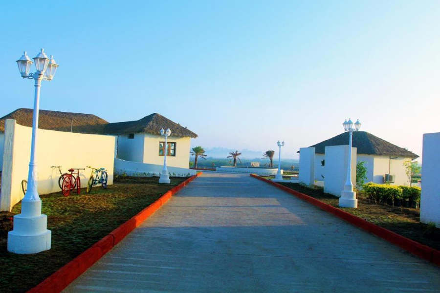Scenic Beach Resort At Mandvi