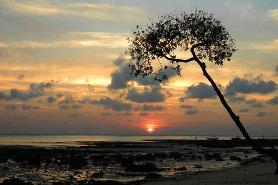 Sunrise from the Resort on Vijaynagar Beach