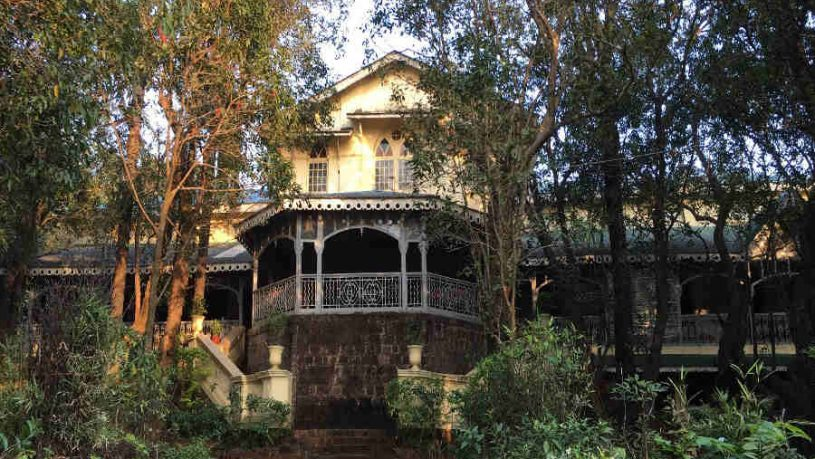 Colonial Bungalow In Matheran