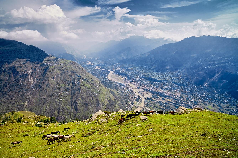 Kullu-Valley-Himachal-Pradesh_LR