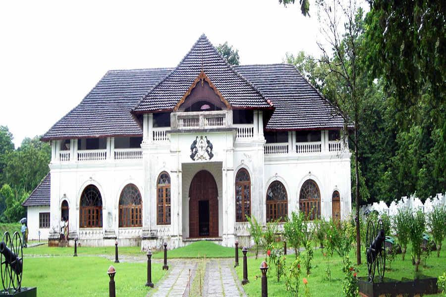 Highlights of Kerala-Mattancherry-palace-kochi-head-577